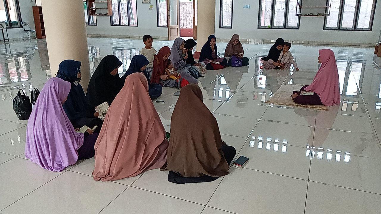 Upgrading Guru Tahfidz Akhwat