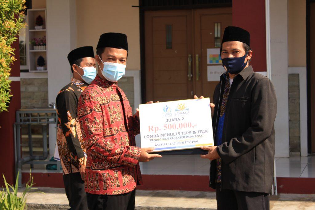 Juara 2 Ustadz Iman